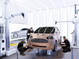 Aston Martin Cygnet — люксовый микро-кар, построенный на базе Toyota iQ.