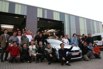 В апреле команда разработчиков Nissan GT-R установила новый рекорд прохождения трассы Нюрбургринг.