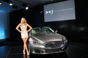 Вчера в Англии состоялась премьера нового поколения Jaguar XJ.
