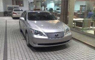 Обновленный Lexus ES замечен в Японии