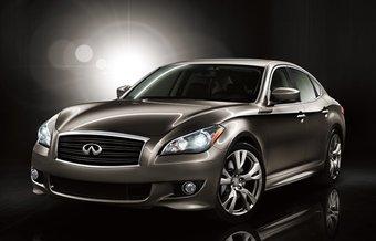 Продажи Infiniti M нового поколения начнутся весной 2010 года.