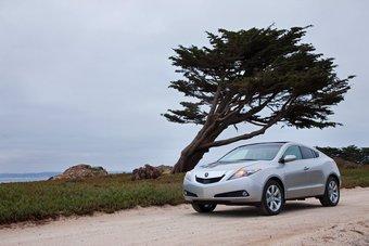 Продажи 4-дверного спортивного купе Acura ZDX на рынке США начнутся зимой.
