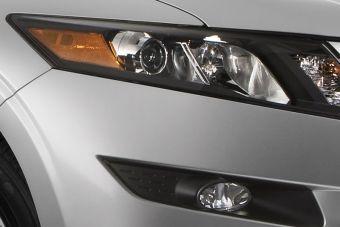 Через 6 дней Honda официально представит новый автомобиль Accord Crosstour.