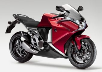 Honda VFR 2010 модельного года получит трансмиссию с двумя сцеплениями.
