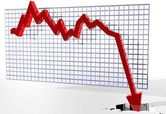 Минпромторг заявляет, что при общем падении автомобильного рынка повышение пошлин на ввоз иномарок сыграло положительную роль. Так ли это на самом деле, или поступления в бюджет страны, наоборот, уменьшились?