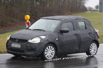 В следующем году должен обновиться модельный ряд Suzuki Swift. Новая модель уже проходит тесты в Европе.