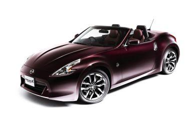 Nissan Fairlady Z Roadster победил в конкурсе Автомобильныйцветгода