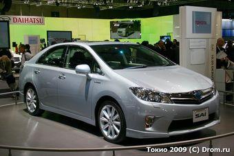Toyota приостанавливает производство двух новых гибридов, и чинит абээску на Toyota Prius.