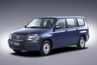 Toyota Probox и Toyota Succeed прошли малую модернизацию.