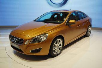 Volvo S60 нового поколения.