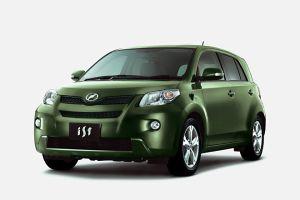 Toyota выпустила обновленные хэтчбеки ist и Porte