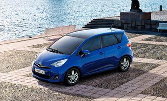 Главной премьерой бренда Toyota в Париже станет компакт-вэн Verso-S.