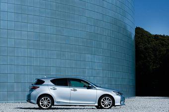 Первый автомобиль Lexus класса компакт-преиум вышел на японский рынок.