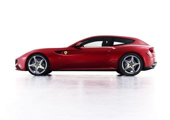 Ferrari FF дебютирует в Швейцарии на международном автосалоне.
