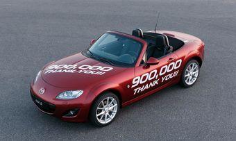 Mazda благодарит своих покупателей за выбор родстера MX-5.