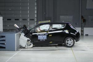 Проведены краш-тесты электрокаров Nissan Leaf и Chevrolet Volt. Оценка — высший балл