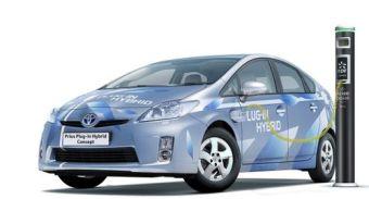 Toyota Prius PHV не будет дороже нынешней версии гибрида.