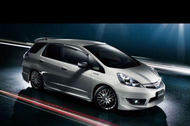 Mugen выпускает комплект аксессуаров для нового Honda Fit Shuttle. Привлекает молодёжь
