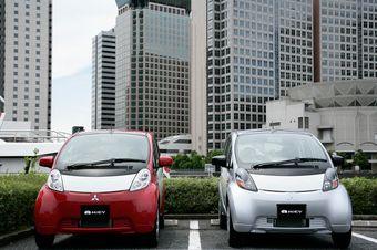 Обновленный вариант электрокара Mitsubishi i-MiEV будут производить с осени этого года.