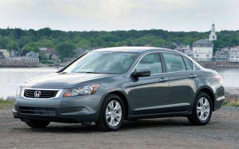 Американский вариант Honda Accord с 4-цилиндровым двигателем и АКПП отозван автопроизводителем для замены ПО.