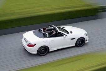 Mercedes-Benz SLK55 AMG. Официальный дебют пройдет в сентябре на Франкфуртском автошоу.