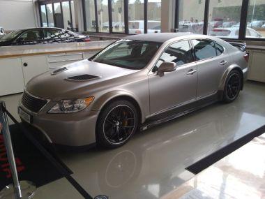 Обнаружены характеристики спортивного LexusLS: 650л.с., 710Нм, 320 км/час