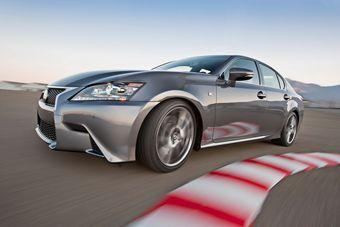 На выставке тюнинга в Лас-Вегасе будет показан спортивный вариант седана Lexus GS350.
