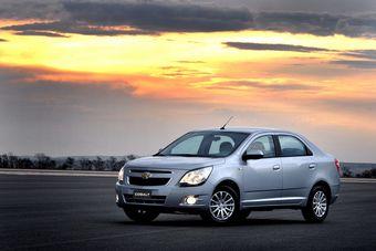 Концерн General Motors представил модель Chevrolet Cobalt нового поколения в серийном исполнении. Машина будет продаваться в 40 странах.