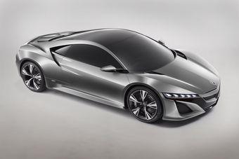 Концепт-версия суперкара Acura NSX. Разработчики обещают представить серийный вариант автомобиля в течение трех лет.