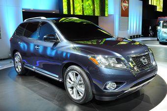 Концепт обновленного Nissan Pathfinder показали в Детройте. Серийная модель появится уже осенью.