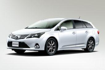 Обновлённый Toyota Avensis представлен в Японии.
