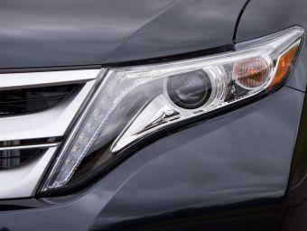 До премьеры обновленного варианта Toyota Venza осталось меньше месяца. Рестайлинговый вариант кроссовера будут продавать и в России.
