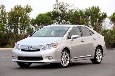 Lexus прекратил производство гибрида HS250h