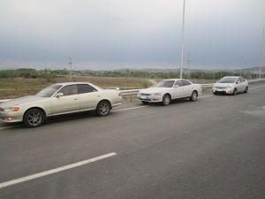 Электрички доставляют. Опытным путём доказано: Toyota Prius 1.5 едет лучше Toyota Mark II 2.0