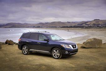 Nissan Pathfinder 2013 модельного года официльно представлен.