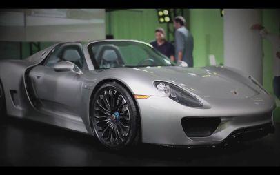Porsche показала клиентам гибридный супер-кар 918 Spyder, которого те ждут уже больше года