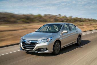 В новом поколении Honda Accord появится гибридный вариант с возможностью подзарядки.