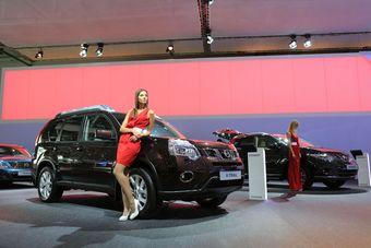 Nissan X-Trail Platinum на Московском автосалоне 2012