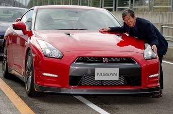На фото господин Мидзуно Кадзутоси, он же «Мистер ГТ-Р», руководитель проекта Nissan GT-R.