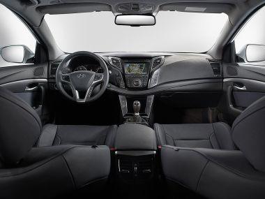 Hyundai начал продажи седана i40 сМКПП