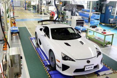 Lexus завершил производство суперкаровLFA