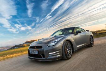 Основные изменения в GT-R 2013 модельного года коснулись двигателя, подвески и жесткости кузова.
