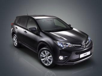 Новый Toyota RAV4 в минимальной комплектации будет стоить менее миллиона рублей.