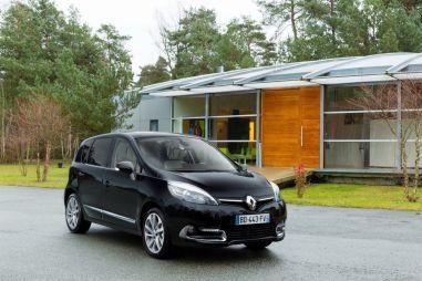 Renault покажет в Женеве два обновленных минивэна и кроссовер на их базе
