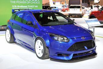 В США уже построены три Ford Focus TrackSTer. Планируется, что в этом году    они появятся на гоночных треках.