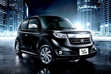 Toyota bB получила новую комплектацию повышенной комфортности — «Сияние»