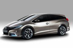 Honda Civic Tourer concept напоминает европейский вариант пятидверного хэтчбека Civic, но по длине и высоте, скорее всего, будет немного его превосходить.