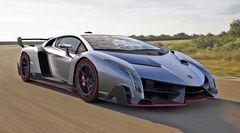 Lamborghini Veneno мощностью 740 лошадиных сил может разгоняться до 354 км/час. На фото – тестовый прототип модели.