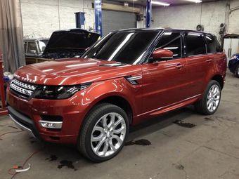 Первые фото нового Range Rover Sport