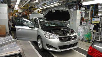 Ситроен С4 седан на конвейере завода ПСМА Рус.